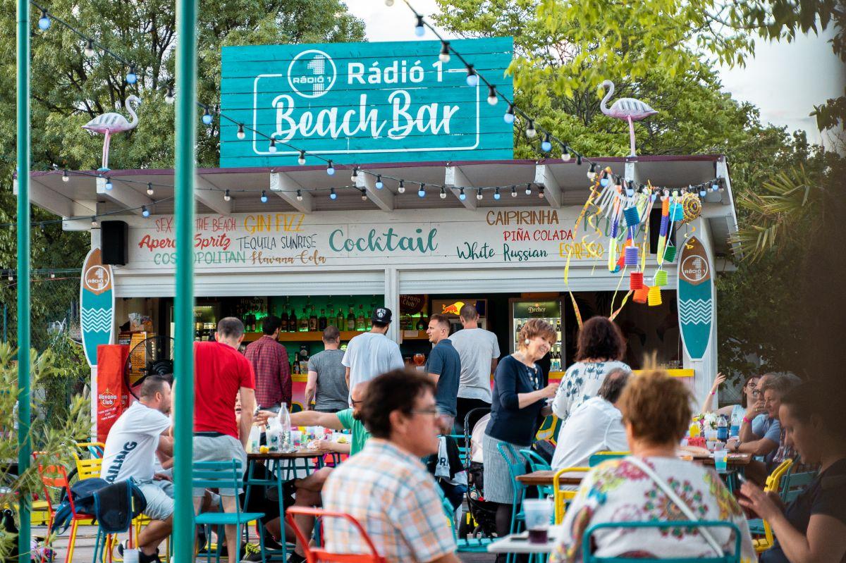 Rádió1 Beach Bár