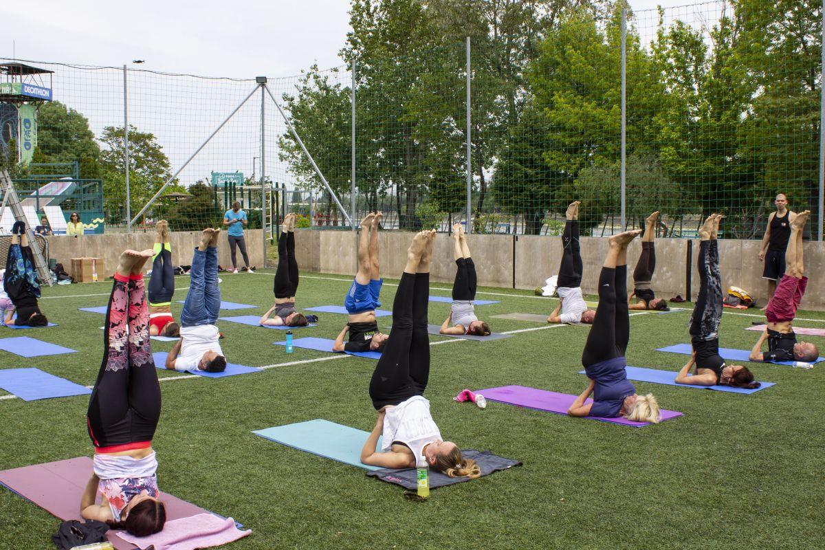 Szabadtéri jóga