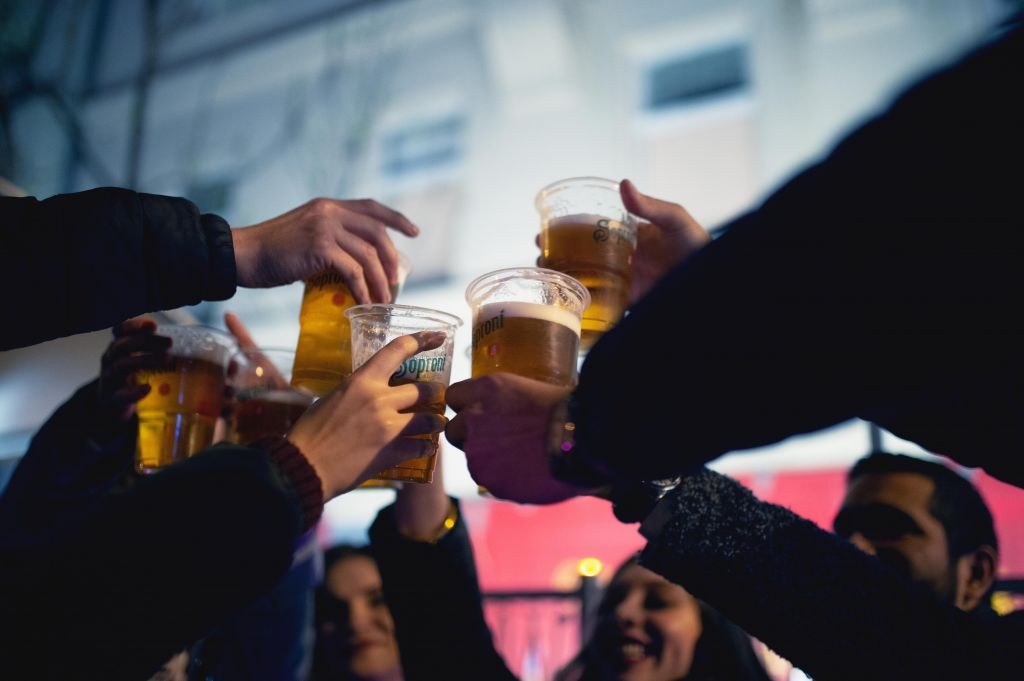 Why go on a guided pub crawl?